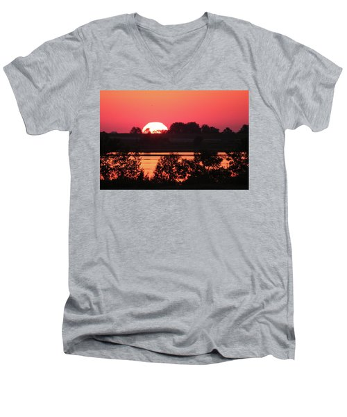 Heat Wave Sunrise Men's V-Neck T-Shirt