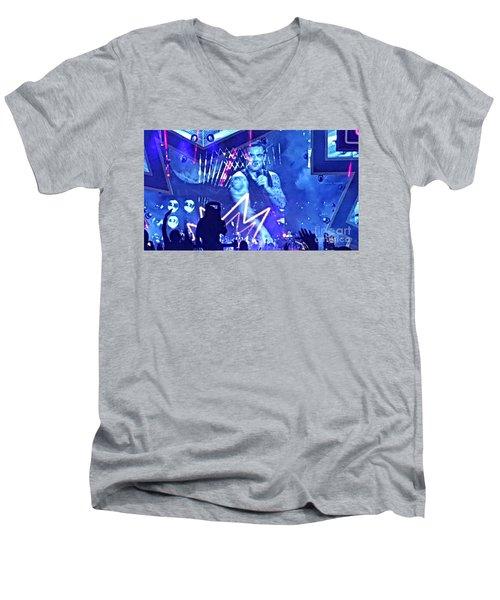 Heavy Entertaining Men's V-Neck T-Shirt