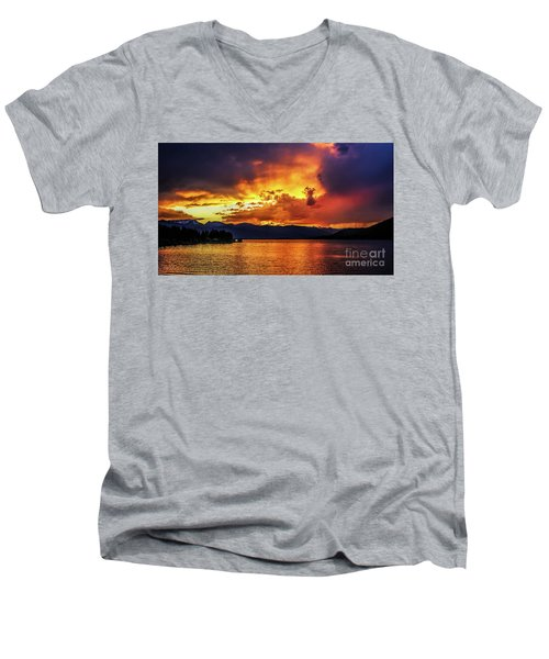 Hebgen Lake Sunset Men's V-Neck T-Shirt