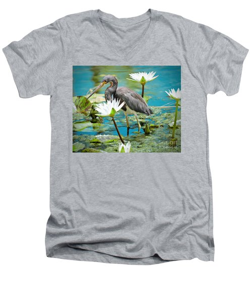 Heron With Water Lillies Men's V-Neck T-Shirt