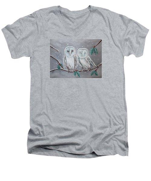 Hiboux En Hiver Men's V-Neck T-Shirt