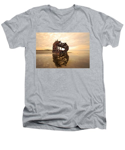 High And Dry, The Peter Iredale Men's V-Neck T-Shirt