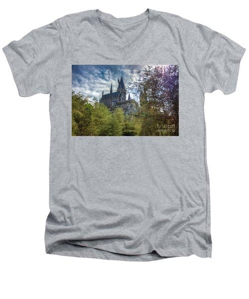 Hogwarts Castle Men's V-Neck T-Shirt