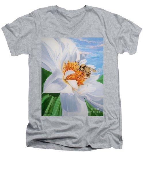 Honey Bee On White Flower Men's V-Neck T-Shirt