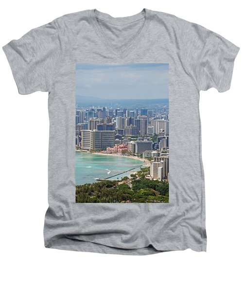 Honolulu Hawaii  Men's V-Neck T-Shirt