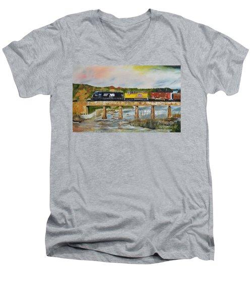 Hooch - Chattahoochee River - Columbus Ga Men's V-Neck T-Shirt