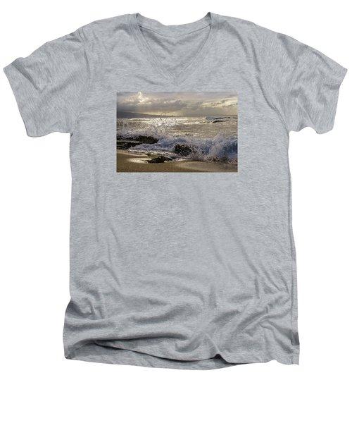 Ho'okipa Beach Maui Men's V-Neck T-Shirt