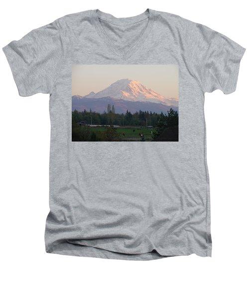Horse Country Men's V-Neck T-Shirt