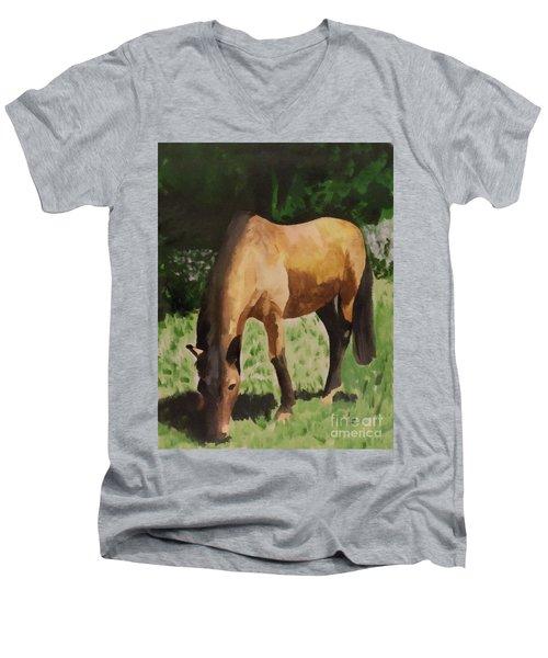 Horse Men's V-Neck T-Shirt