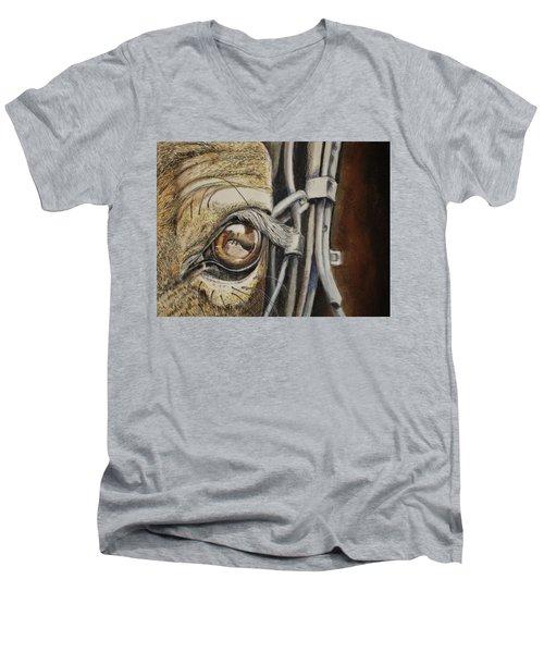 Horses Eye Men's V-Neck T-Shirt