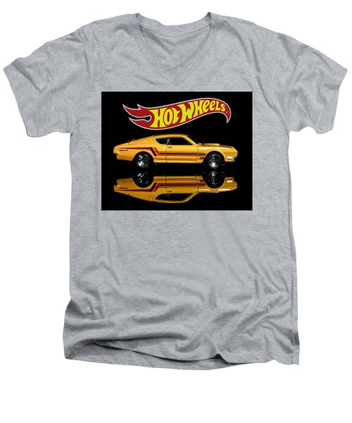 Hot Wheels '69 Mercury Cyclone Men's V-Neck T-Shirt