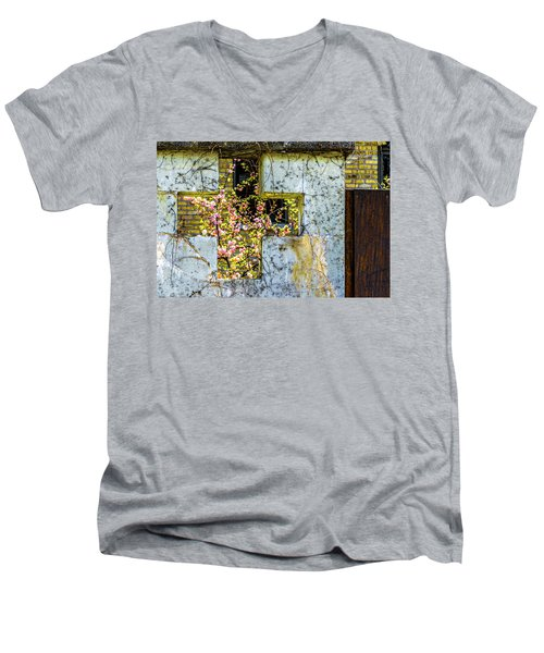 House Near Webster And Clybourn V4 Dsc4055 Men's V-Neck T-Shirt