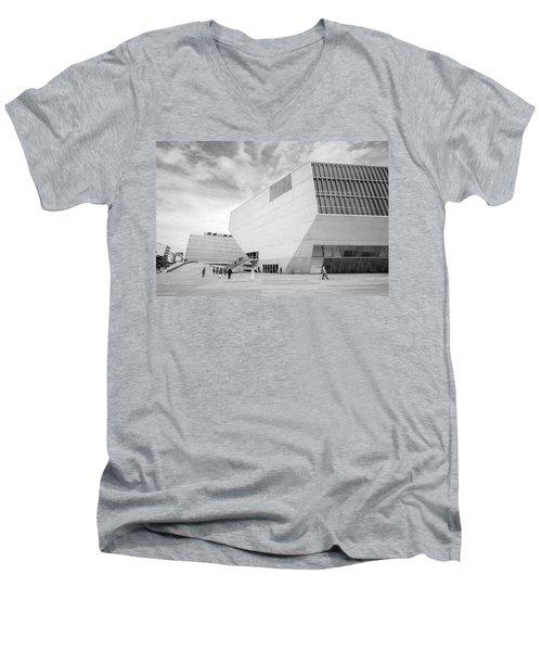 House Of Music Men's V-Neck T-Shirt