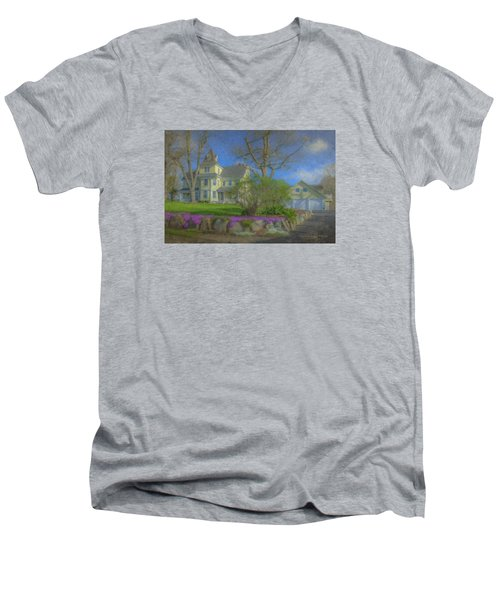 House On Elm St., Easton, Ma Men's V-Neck T-Shirt