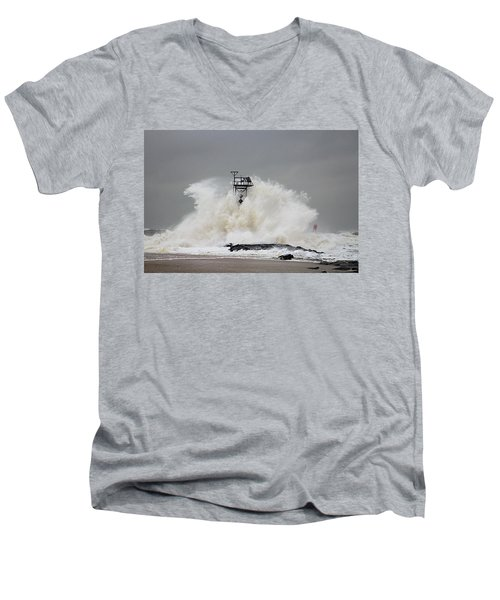 Hurricane Jose Wave At The Inlet Jetty Men's V-Neck T-Shirt
