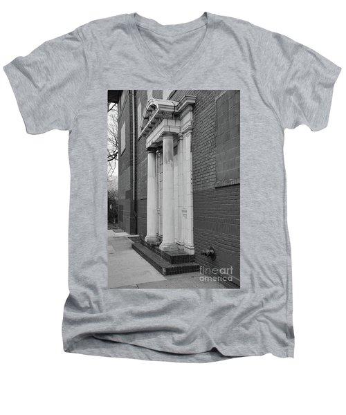 Hurst House Door Men's V-Neck T-Shirt