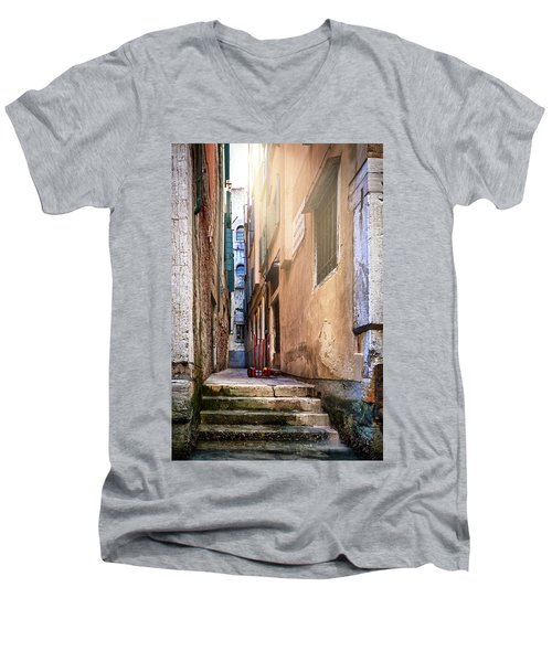 I Have Seen Your Trolley, Somewhere In Venice Men's V-Neck T-Shirt