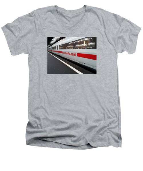 Ice Bord Restaurant At Zurich Mainstation Men's V-Neck T-Shirt