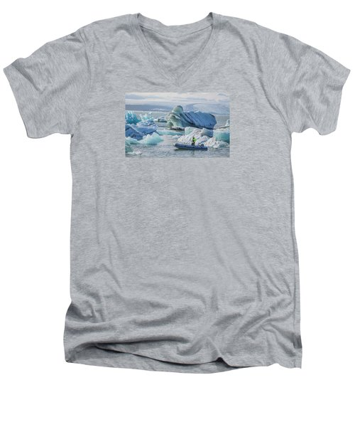 Icebergs On Jokulsarlon Lagoon In Iceland Men's V-Neck T-Shirt