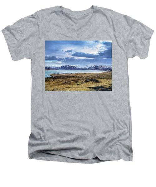 Icelandic Blues Men's V-Neck T-Shirt