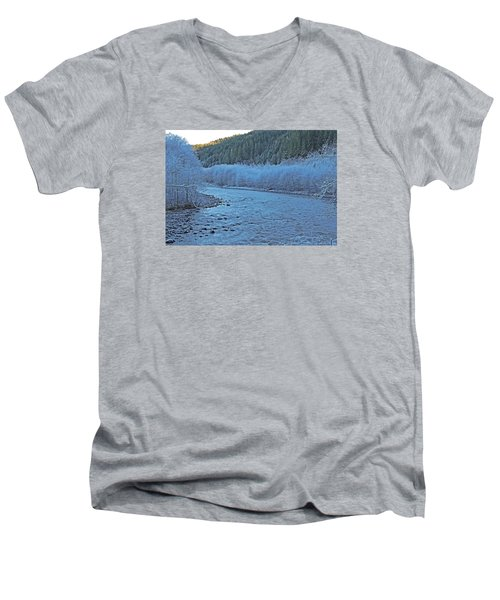 Icy River Men's V-Neck T-Shirt