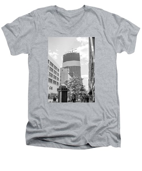 Ids Building Construction Men's V-Neck T-Shirt