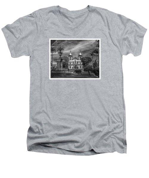Igreja Da Matriz- Vassouras-rj Men's V-Neck T-Shirt