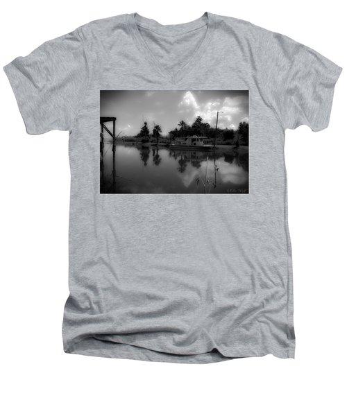 In Florida, A Boat Men's V-Neck T-Shirt