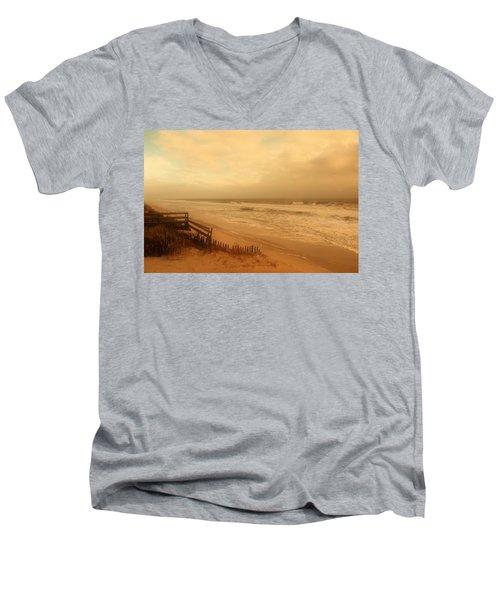 In My Dreams The Ocean Sings - Jersey Shore Men's V-Neck T-Shirt