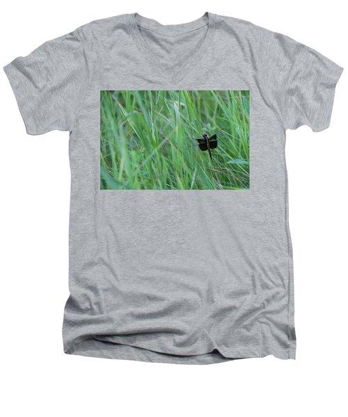 Inl-15 Men's V-Neck T-Shirt