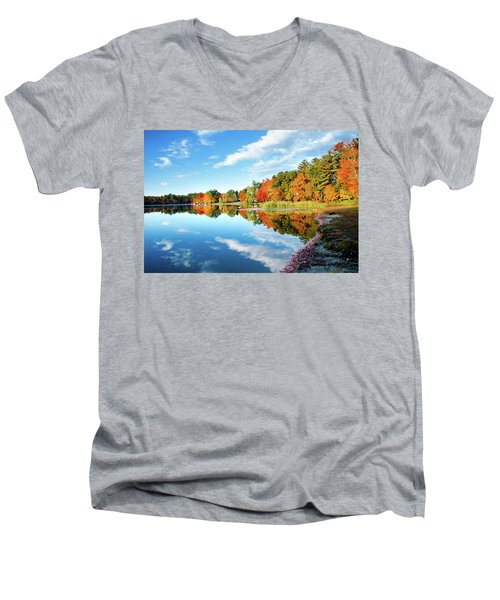 Men's V-Neck T-Shirt featuring the photograph Inspiration by Greg Fortier