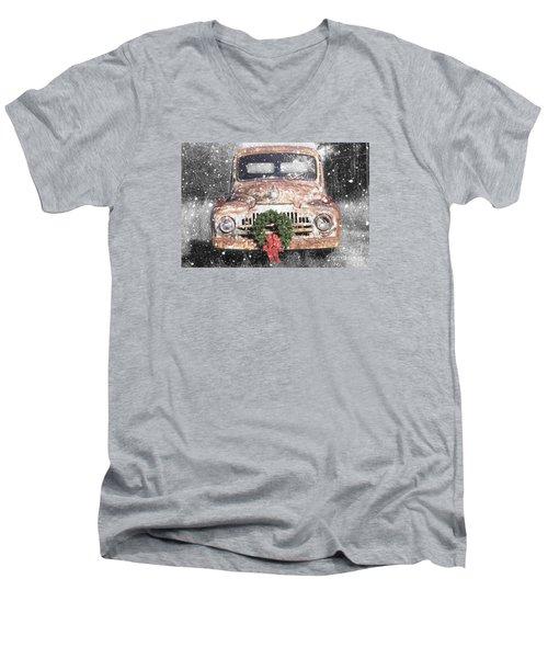 International Christmas Snow Men's V-Neck T-Shirt