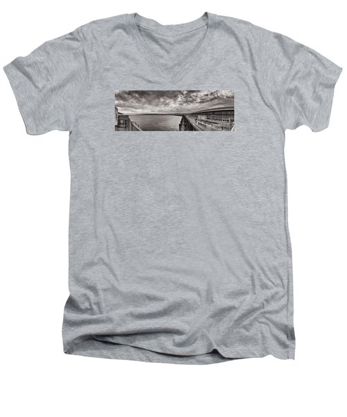 Island Panorama - Ryde Men's V-Neck T-Shirt
