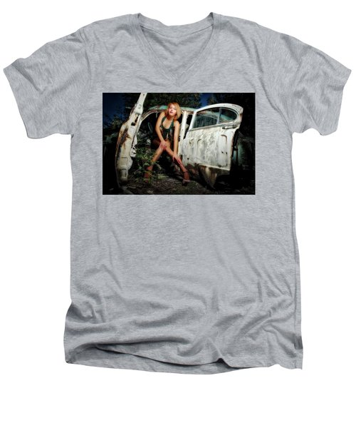 Izzy's Buick Men's V-Neck T-Shirt