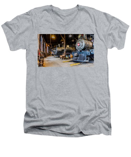 Jamestown Roundhouse Men's V-Neck T-Shirt