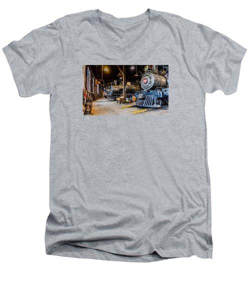 Jamestown Roundhouse Men's V-Neck T-Shirt