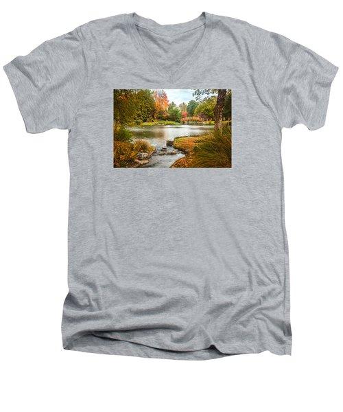 Japanese Garden Bridge Fall Men's V-Neck T-Shirt