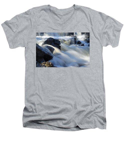 Jasper Falls Closeup Men's V-Neck T-Shirt