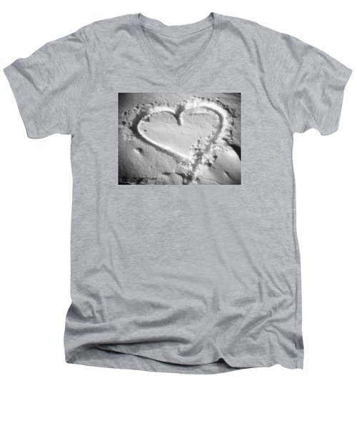 Winter Heart Men's V-Neck T-Shirt