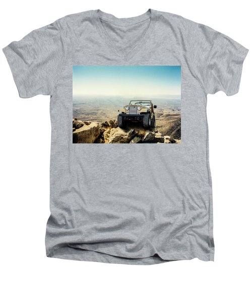 Jeep On A Mountain Men's V-Neck T-Shirt