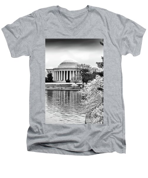Jefferson Memorial Cherry Blosum Time Men's V-Neck T-Shirt