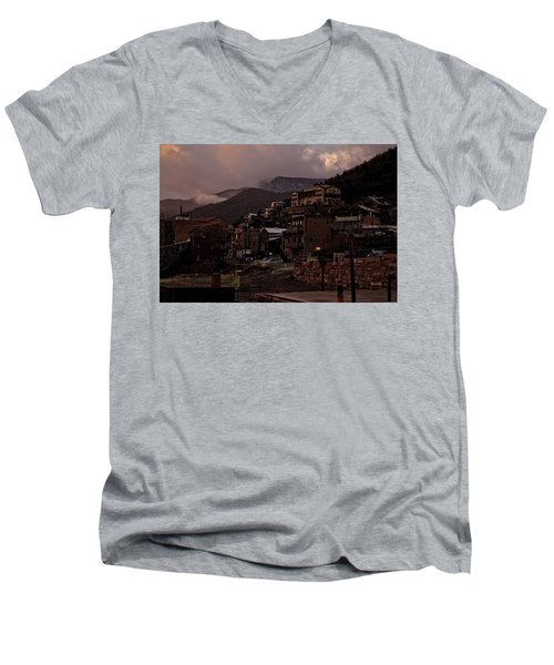 Men's V-Neck T-Shirt featuring the photograph Jerome On The Edge Of Sunrise by Ron Chilston