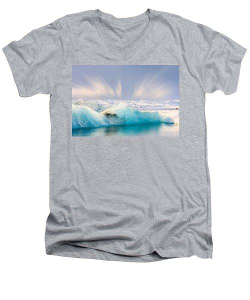 Jokulsarlon Glacier Lagoon Men's V-Neck T-Shirt