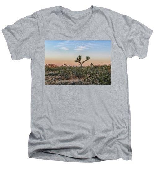 Joshua Tree Evening Men's V-Neck T-Shirt