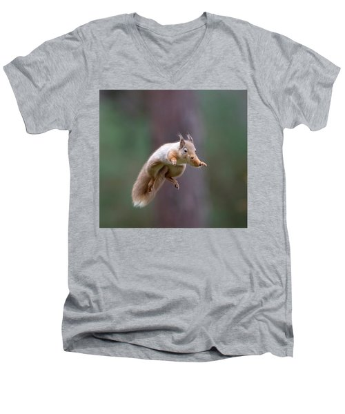 Jumping Red Squirrel Men's V-Neck T-Shirt