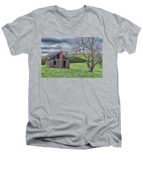 Junaluska Road Christmas Tree Farm Men's V-Neck T-Shirt