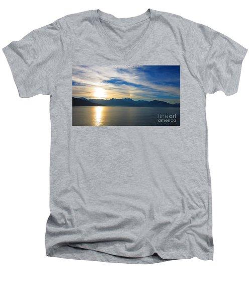 Juneau, Alaska Men's V-Neck T-Shirt