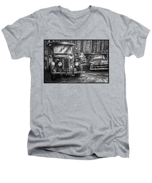 Junked Mack Truck Ad Old Plymouth Men's V-Neck T-Shirt
