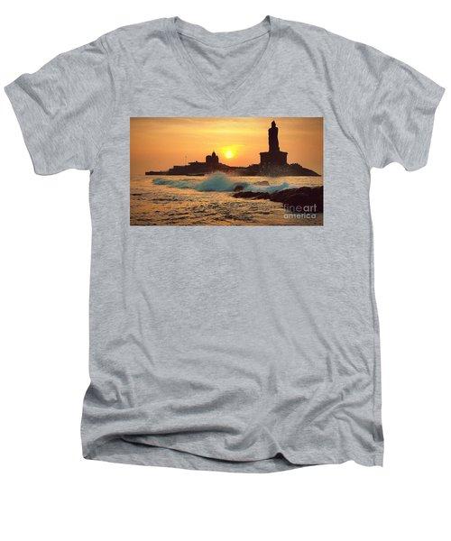 Kanyakumari / Cape Comorin Men's V-Neck T-Shirt