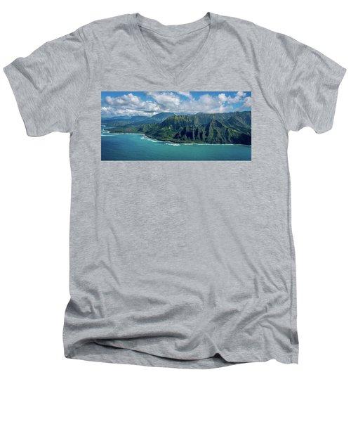 Kawaii Na Pali Coast  Men's V-Neck T-Shirt